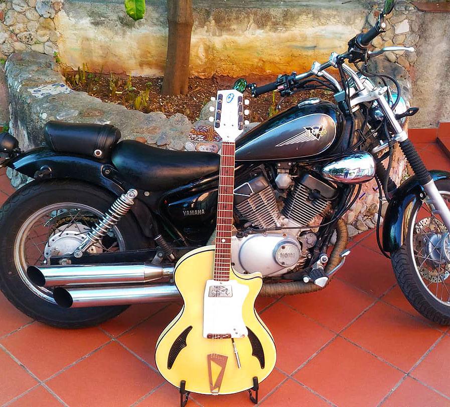 moto_bluejeans_wandrè_classic_2_vintage