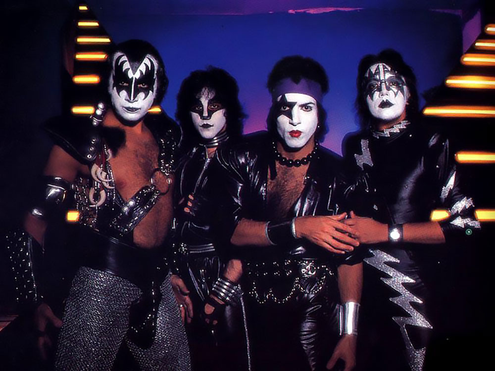 kiss3_music_from_the_elder_classic_2_vintage